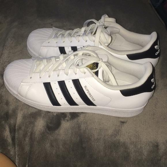 Zapatillas adidas Originals Superstar poshmark hombre
